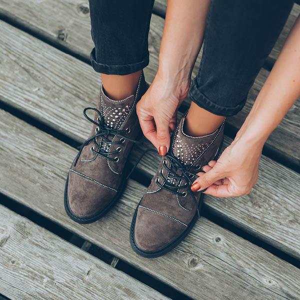 Savršen balans formalnosti i ležernosti – obuća od brušene kože