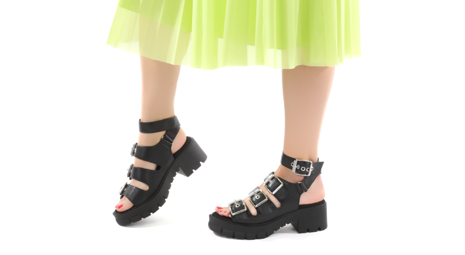 Kako nosimo sandale s platformom?